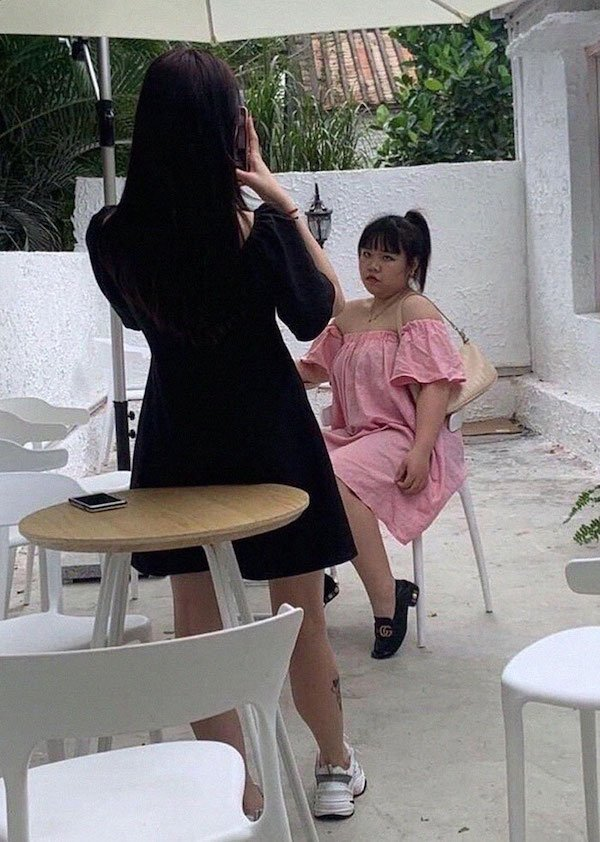 Chinese Influencer Fail (11 pics)