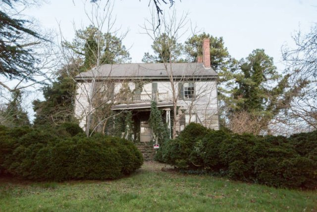 Abandoned Confederate Colonel's House (26 pics)
