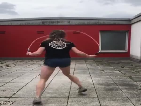 She Knows How To Move