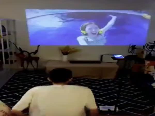 Pocket Cinema Projector