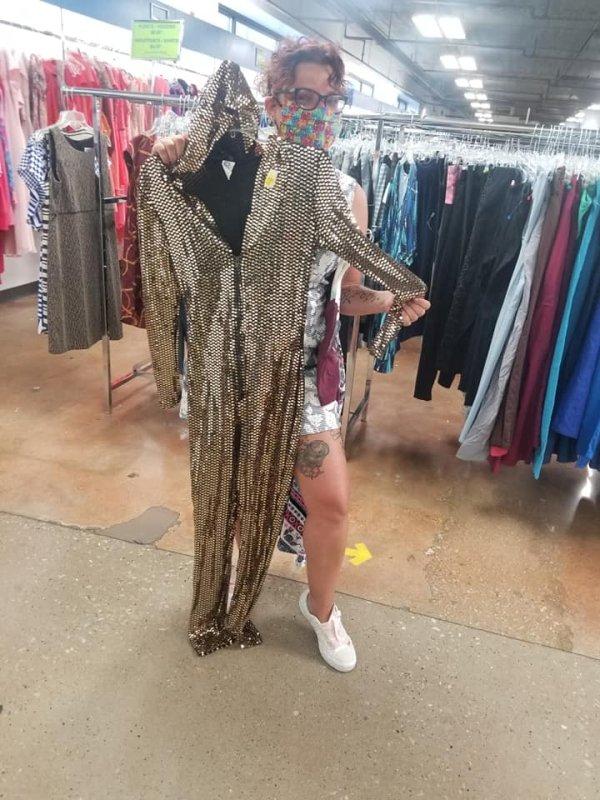 Thrift Shop Treasures (35 pics)