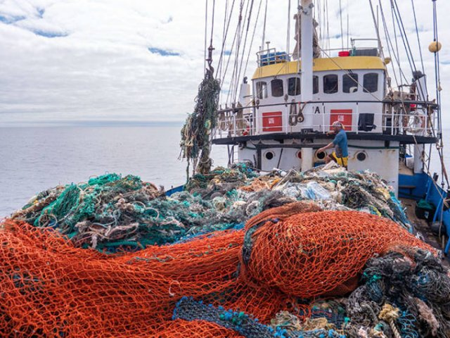 103-Ton Haul Of Plastic Garbage Was Removed From The Great Pacific Garbage Patch (15 pics)