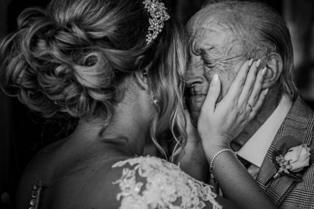 Photos Of Fathers And Their Daughters At Weddings (26 pics)