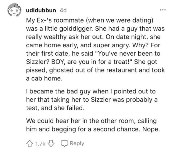 A Woman Strongly Shamed A Guy Who Asked Her For Going Out To Applebee's (14 pics)
