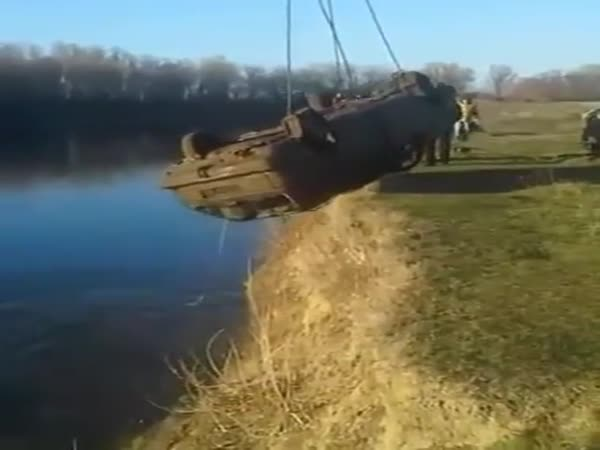 Removing A Car From The Lake