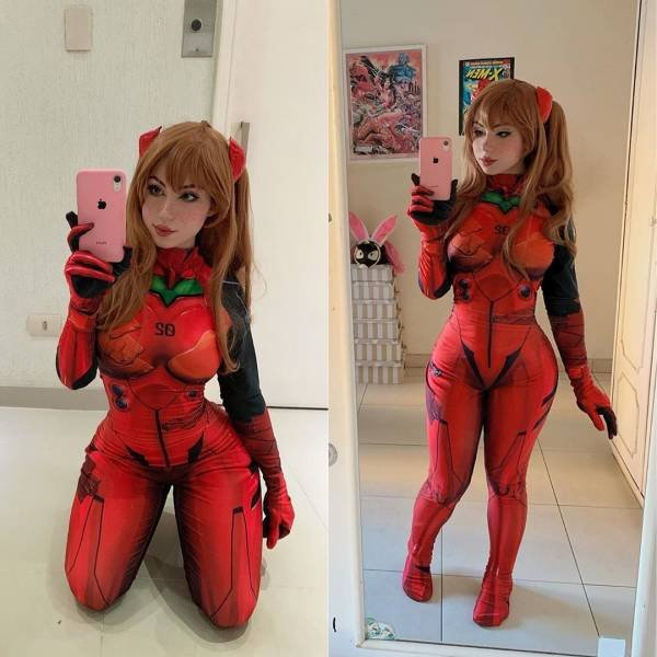 Cosplayer Maria (57 pics)