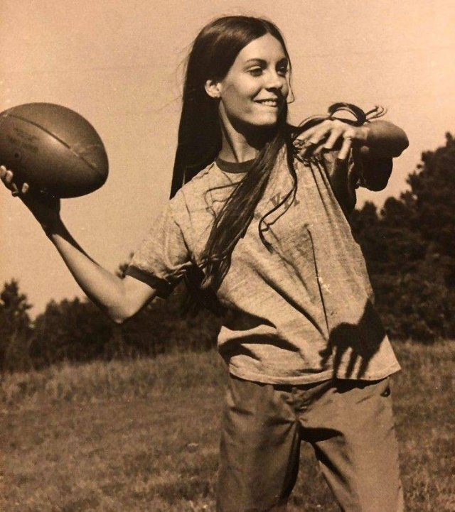People Share Old Photos Of Their Grannies (19 pics)