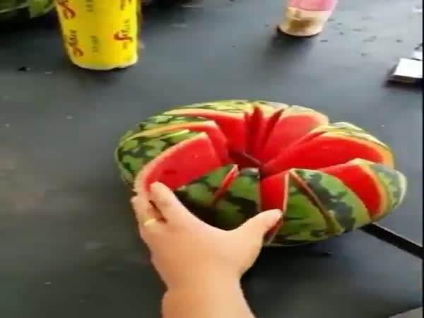 Great Way To Cut A Watermelon