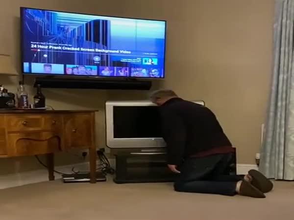 Broken TV Prank On Dad