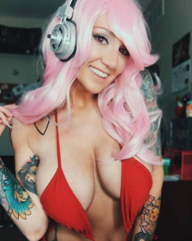 Tattooed Girls (51 pics)