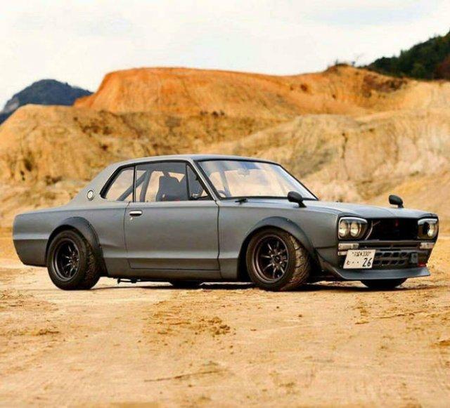 Beautiful Cars (18 pics)