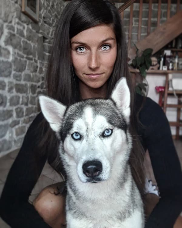 Elodie And Her Dog (35 pics)
