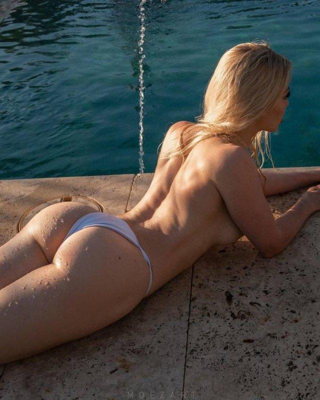 Side View (49 pics)
