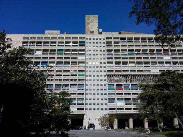 Buildings With Secrets (13 pics)