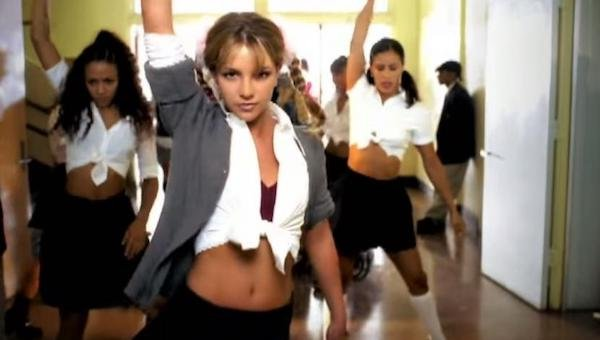 The Hottest Video Clips Of All Time (21 pics)