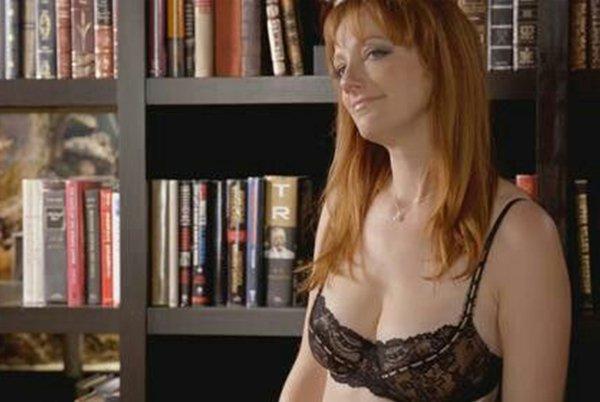 Hot Redhead Actresses (19 pics)