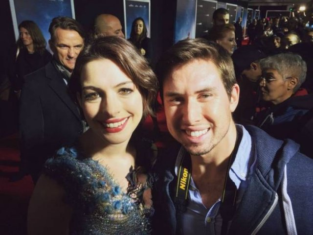 People Share Their Photos With Celebrities (17 pics)