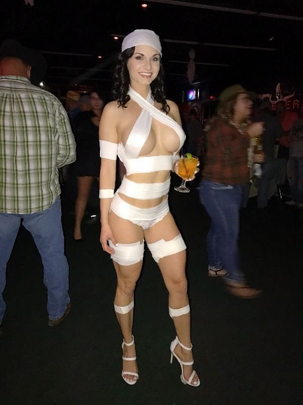 Hot Halloween Costumes (26 pics)