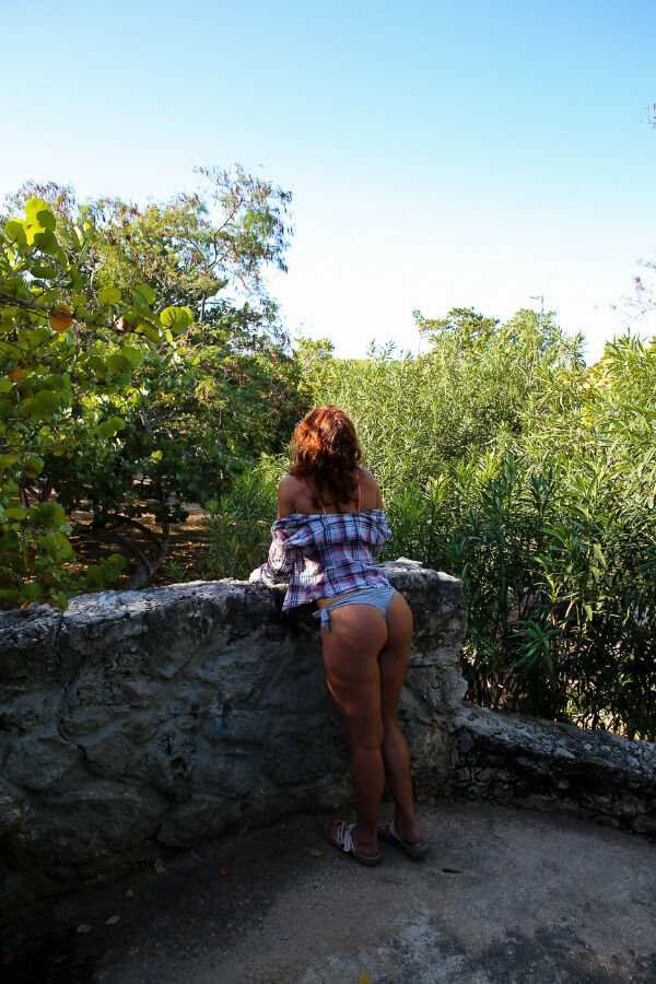 Beautiful Girls And Outdoors (42 pics)