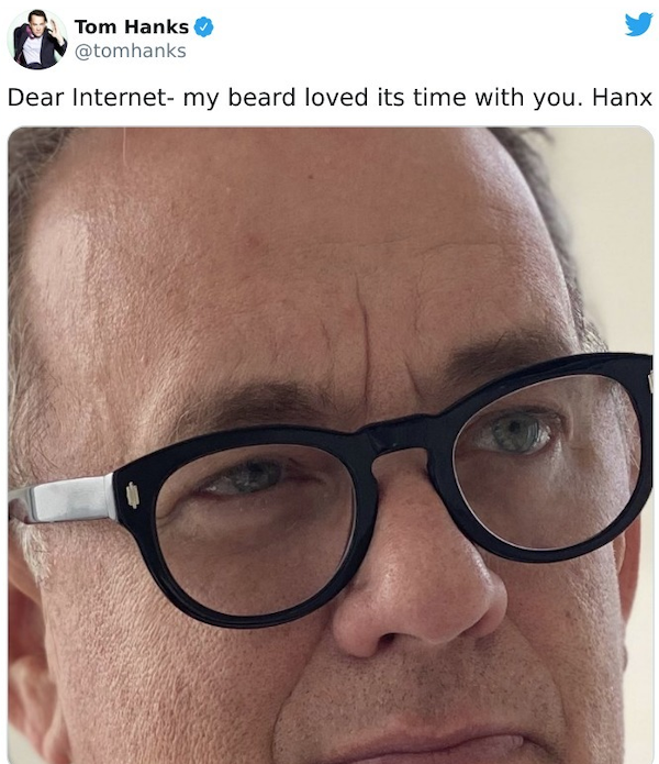 Tom Hanks Tweets (28 pics)