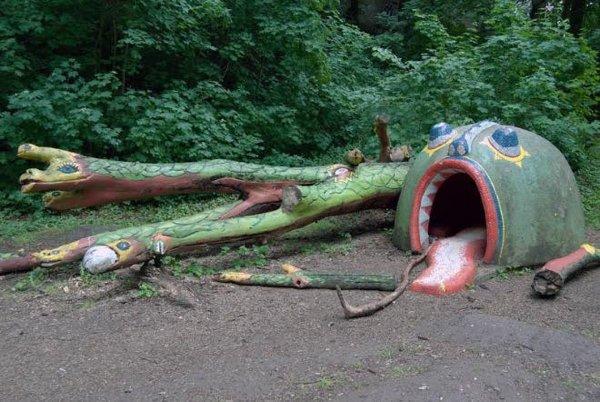 Sad And Scary Playgrounds (36 pics)