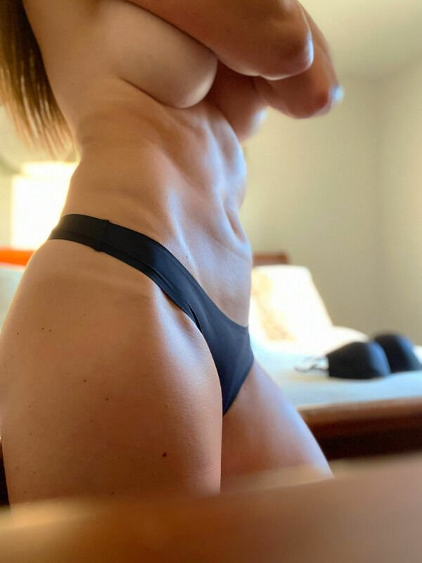Side View (31 pics)
