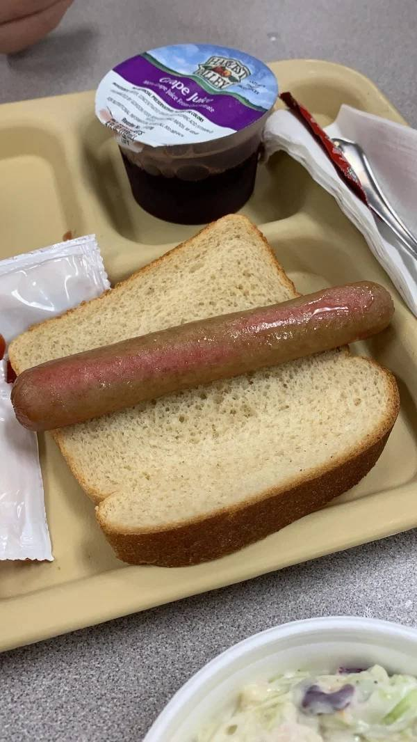 These Are Supposed To Be School Lunches (23 pics)