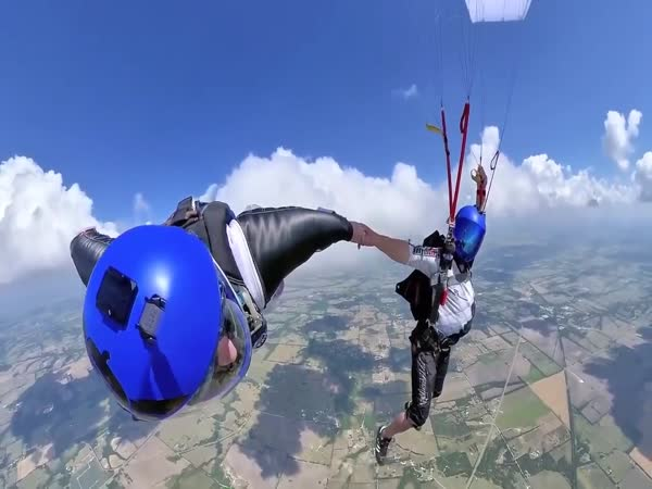Skydiving With A Wingsuit