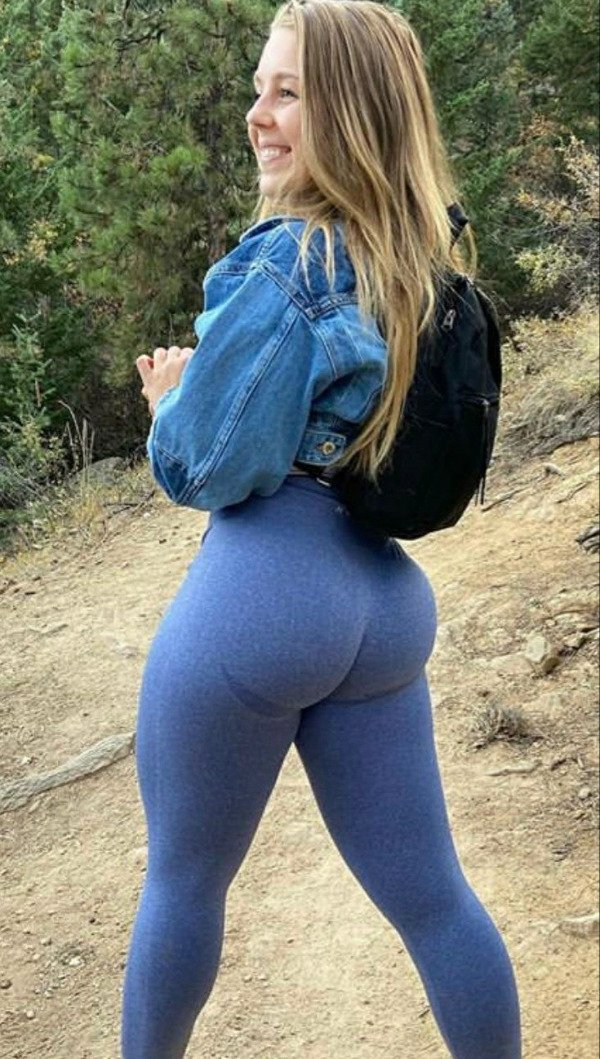 Beautiful Girls And Outdoors (34 pics)