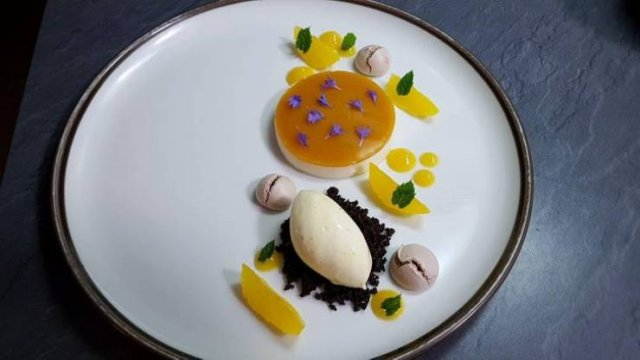 Michelin Restaurant Meals (17 pics)