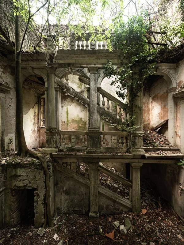 Beautiful Abandoned Places (35 pics)