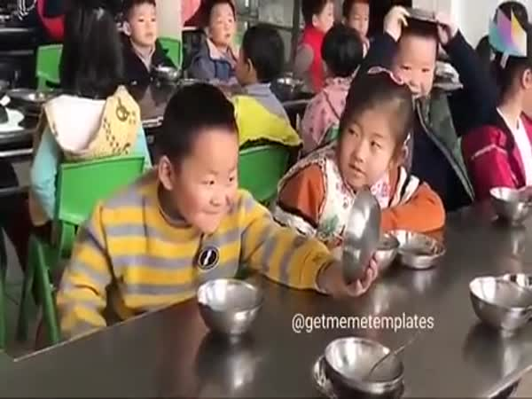 This Kid Just Realized That He Is So Cute