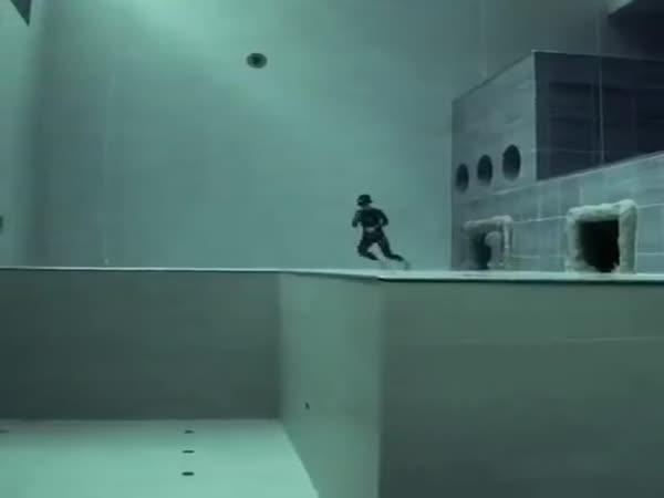 Free Diving In The World's Deepest Pool