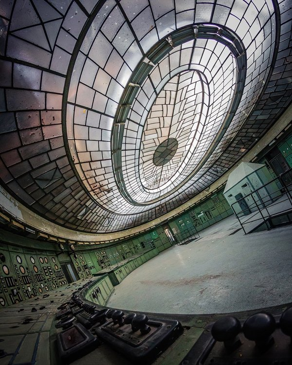 Beautiful Abandoned Places (20 pics)