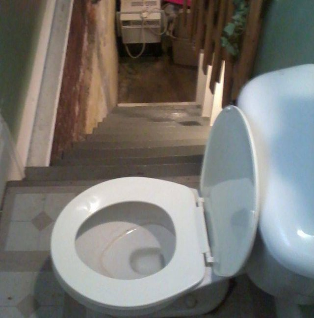 These Houses Have Some Secrets (20 pics)