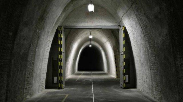 Inside 'Vivos xPoint' Bunker (27 pics)