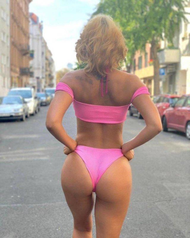 37-Year-Old German Actress Michaela Schäfer (43 pics)