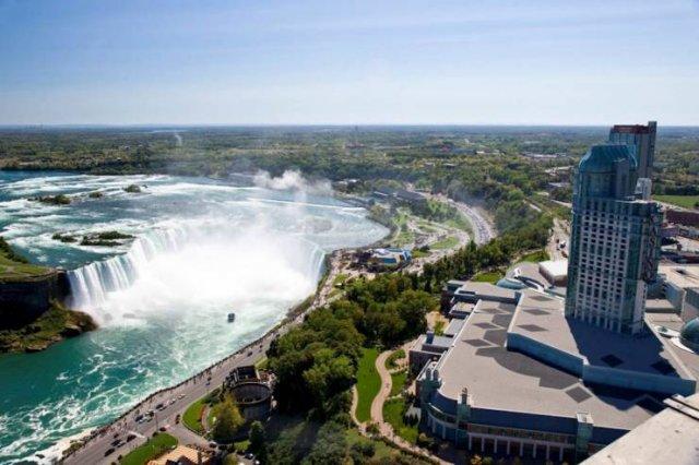 Famous Landmarks Distance Looks (30 pics)