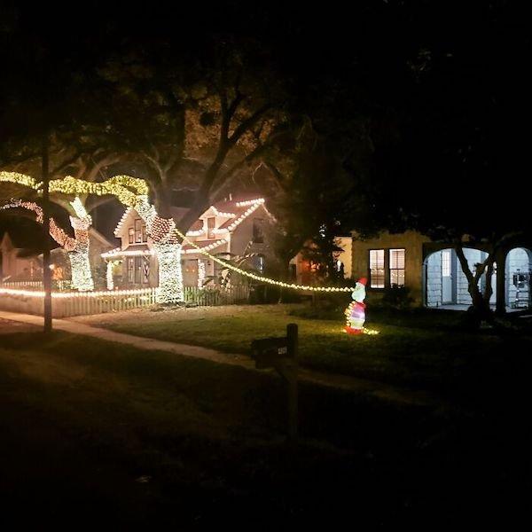 Creative Christmas Decorations (29 pics)