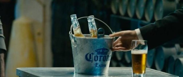 Things That May Happen Only In Movies (26 pics)