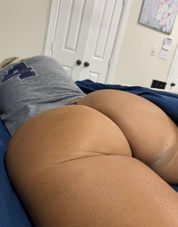 Over Back (45 pics)