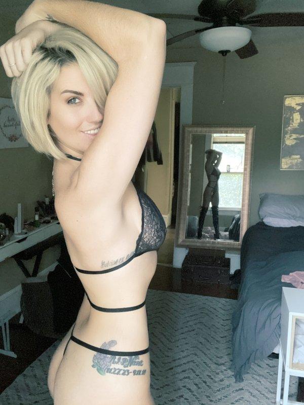 Tattooed Girls (42 pics)