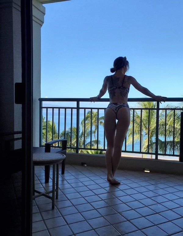 Bikini Girls (75 pics)