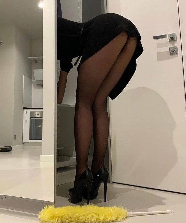 High Heels Girls (35 pics)