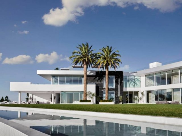 America's Most Expensive House (15 pics)