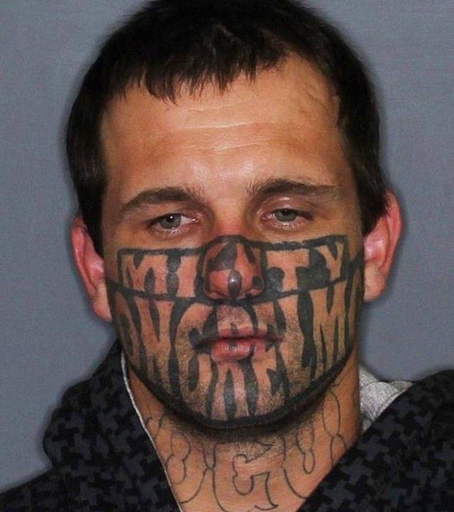 Bad Face Tattoos (21 pics)