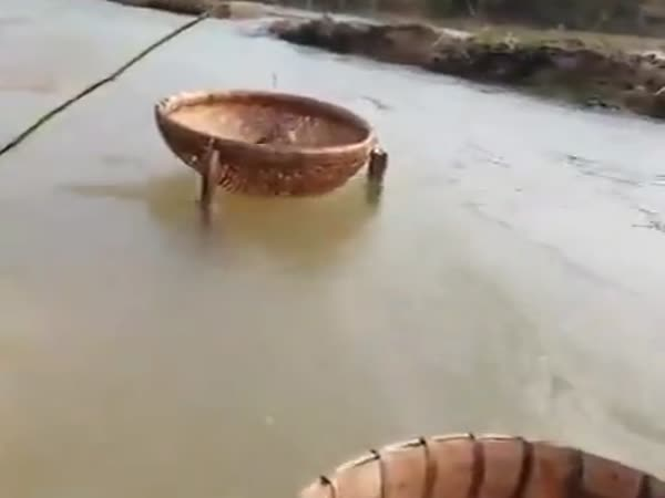 A Very Interesting And Effective Way To Fish