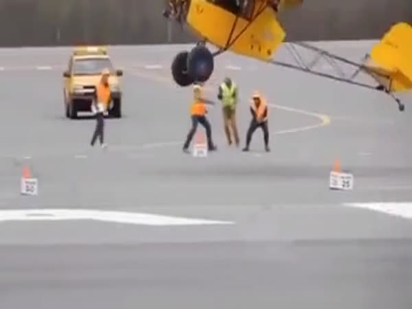 This Pilot Knows What He Is Doing
