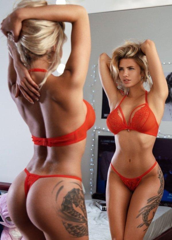 Tattooed Girls (39 pics)