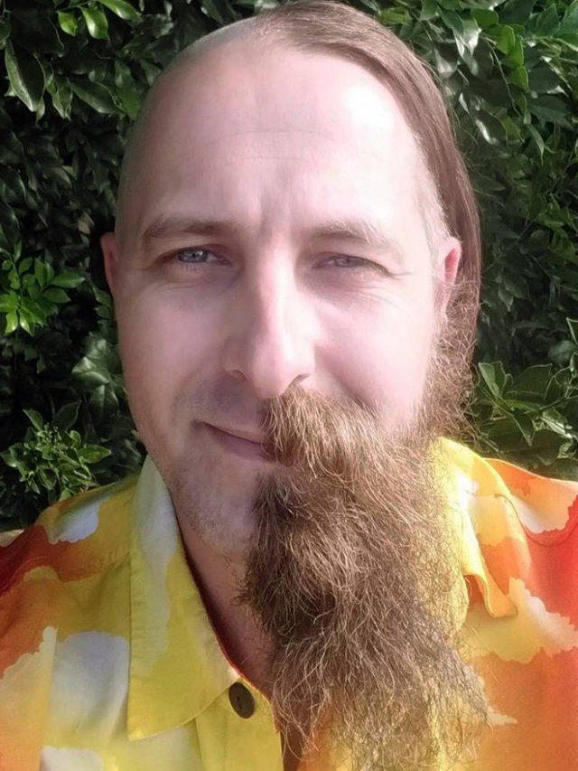 This Is Half-Beard Trend (22 pics)